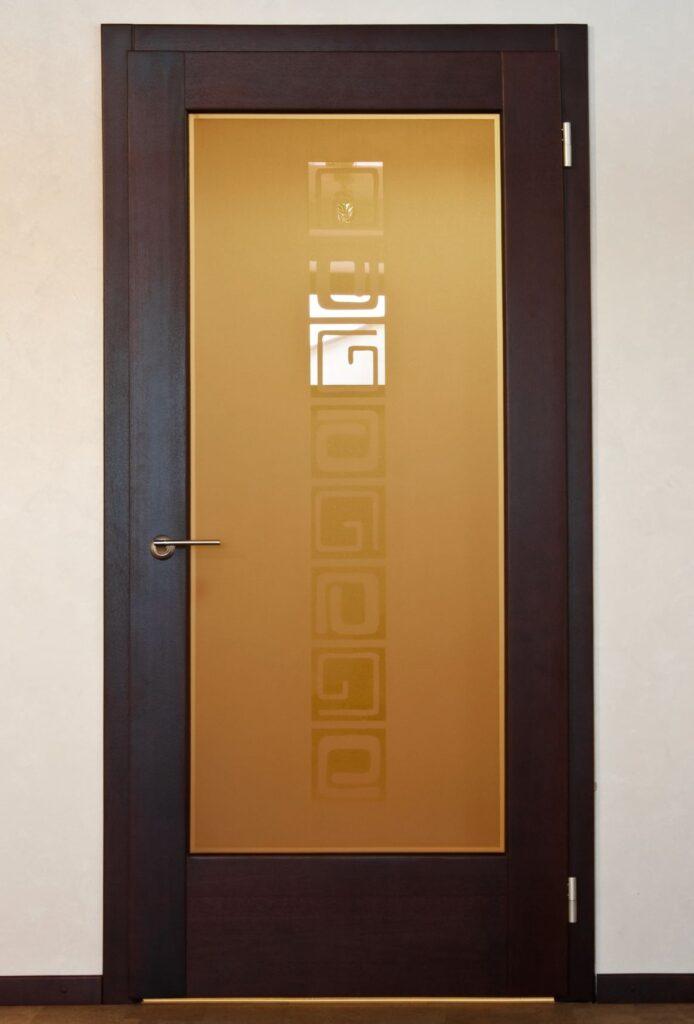 Межкомнатная дверь, массив ясеня