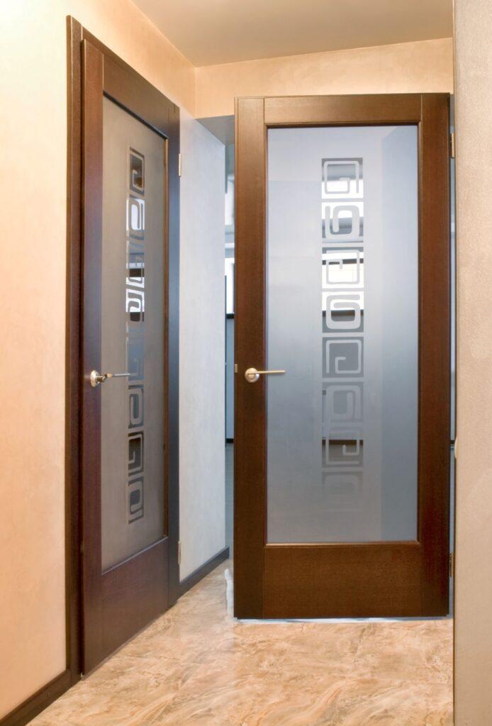 Межкомнатные двери. Массив ясеня